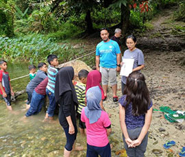 Learning in the River: EcoKnights River Explorer Program
