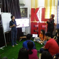 EcoKnights hosted workshops for delegates of the iM4U ASEAN Program